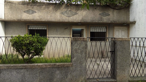 casa 4 ambientes con jardin, patio, parrilla, cochera y terr