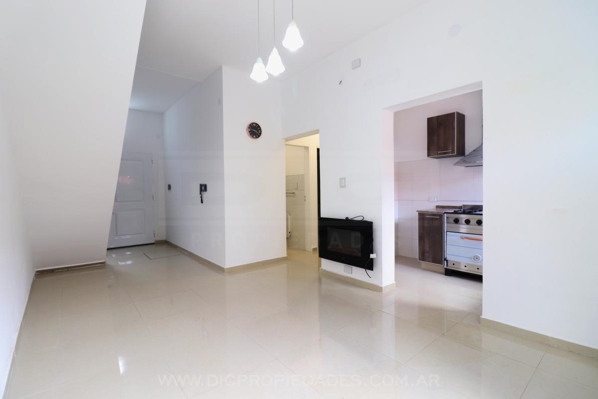 casa 4 ambientes con patio y terraza - carapachay