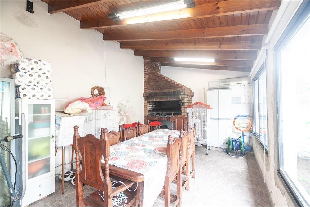 casa 4 ambientes con quincho