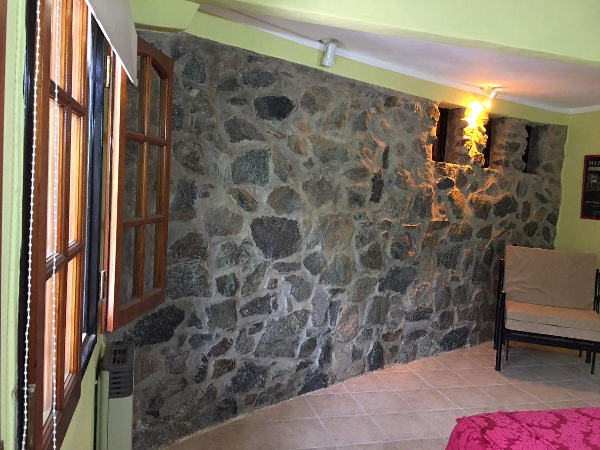 casa 4 ambientes con vista al lago san roque, cordoba.