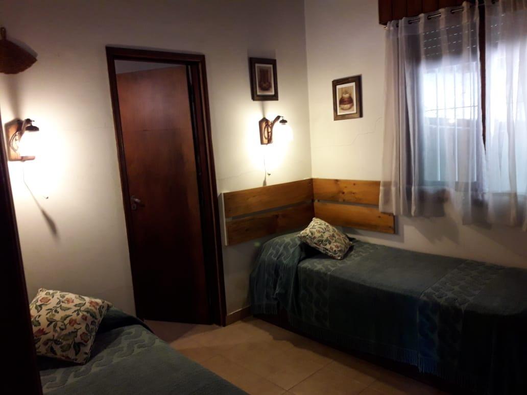 casa 4 ambientes dos baños