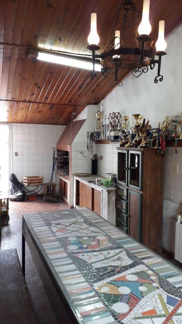casa 4 ambientes en chauvin