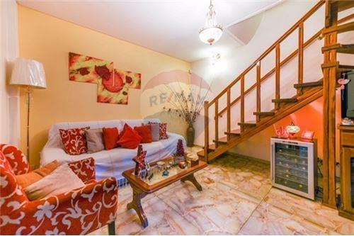 casa 4 ambientes en haedo con gran playroom