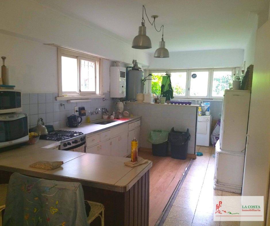 casa 4 ambientes en los troncos, mar del plata