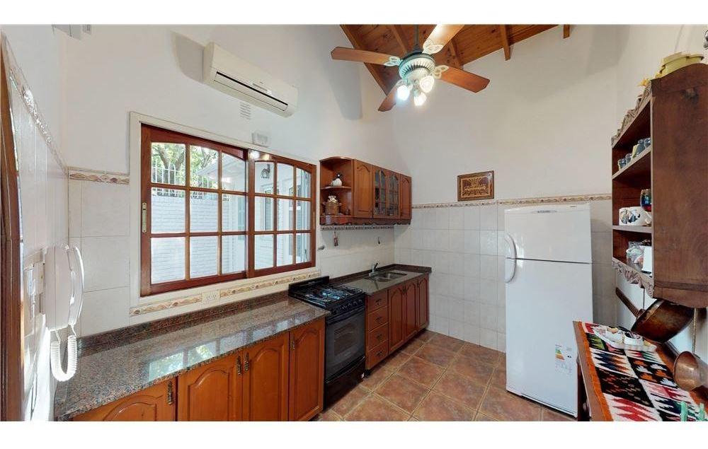casa 4 ambientes en moreno