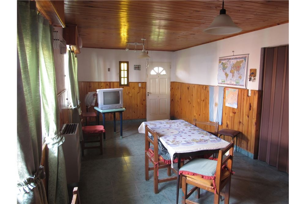 casa 4 ambientes en muy buen estado!!