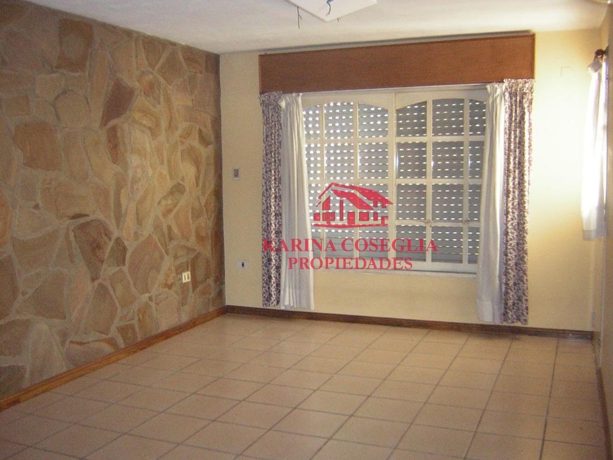 casa 4 ambientes en venta .jose c paz