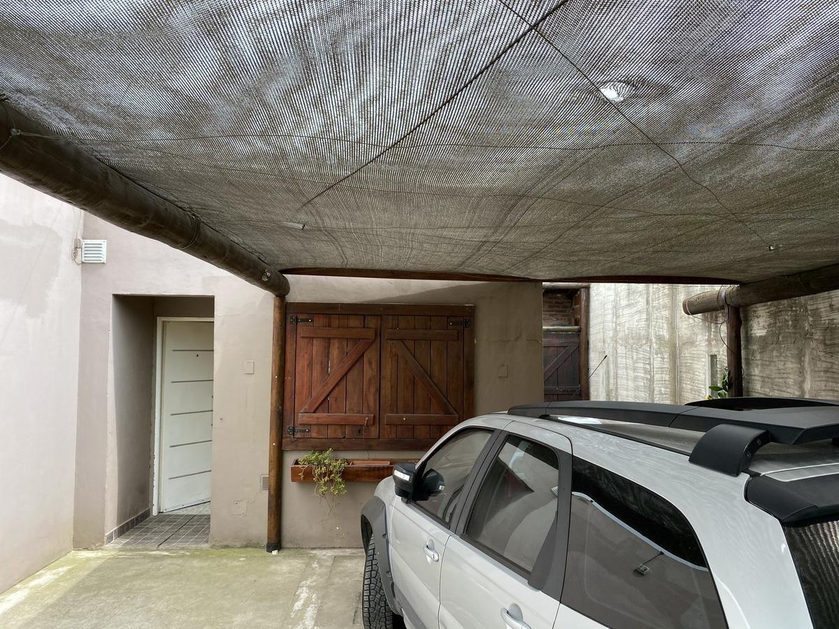 casa 4 ambientes en venta, oportunidad - francisco alvarez, moreno
