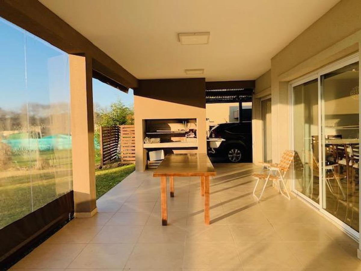 casa 4 ambientes estilo racionalista - santa guadalupe