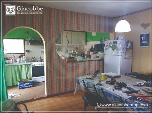 casa 4 ambientes luis guillon
