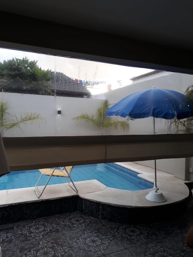 casa - 4 ambientes - piscina - v.sarmiento