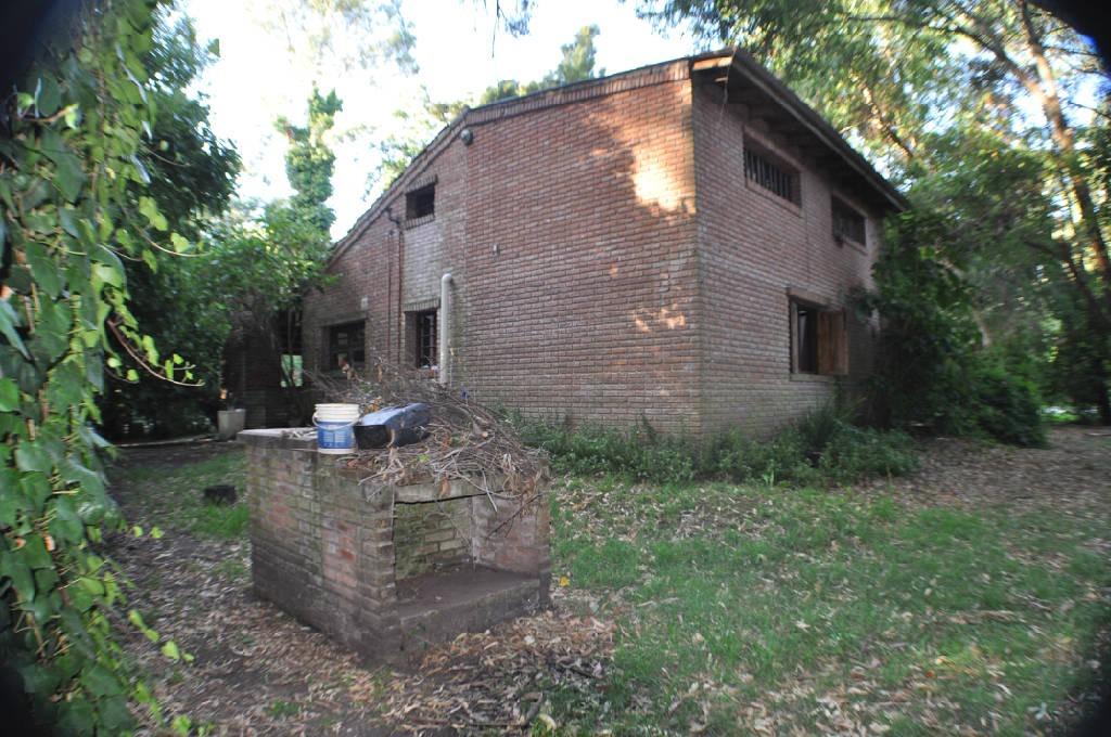 casa 4 ambientes sobre 2 lotes