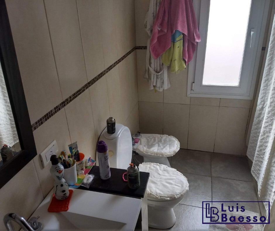 casa 4 ambientes y 2 baños en la costa, mar del plata