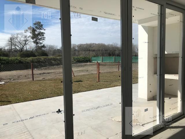 casa 4 ambientes y 2 cocheras - hanami park