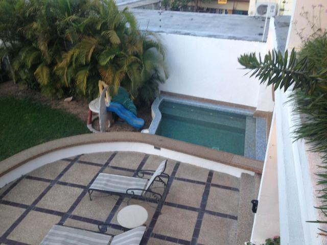 casa 4 ambientes y 6 baños
