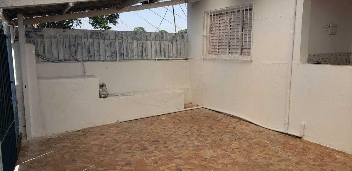 casa 4 cômodos com garagem