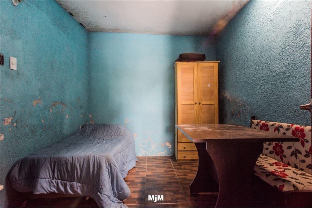 casa, 4 dormitorios, 2 baños