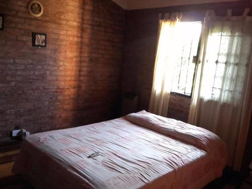 casa 4 dormitorios en excelente estado