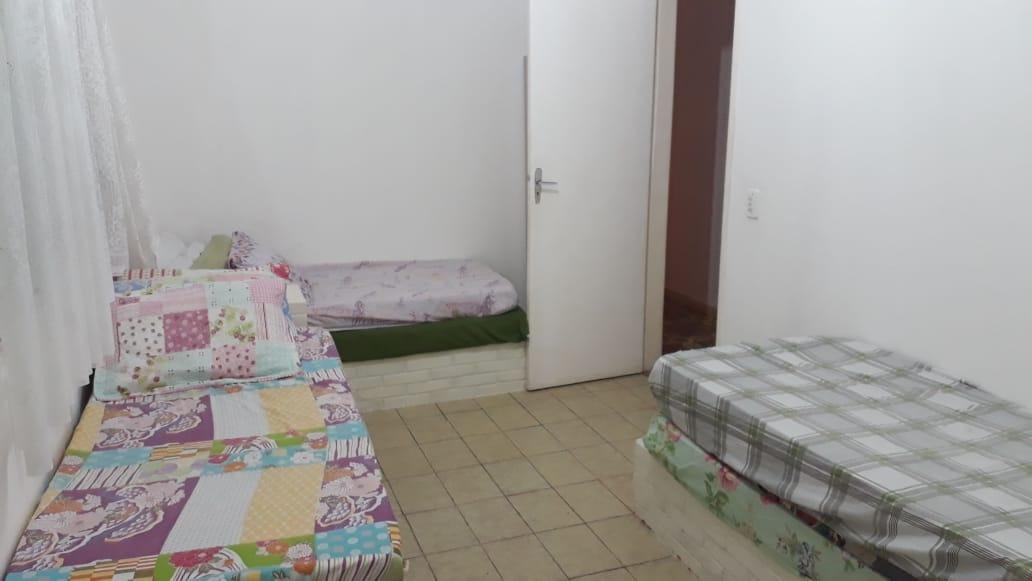 casa 4 dormitórios piscina churrasqueia a 100 metro da praia