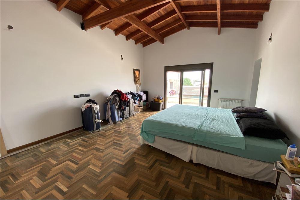 casa 4 + dormitorios tejas ii zona sur cordoba