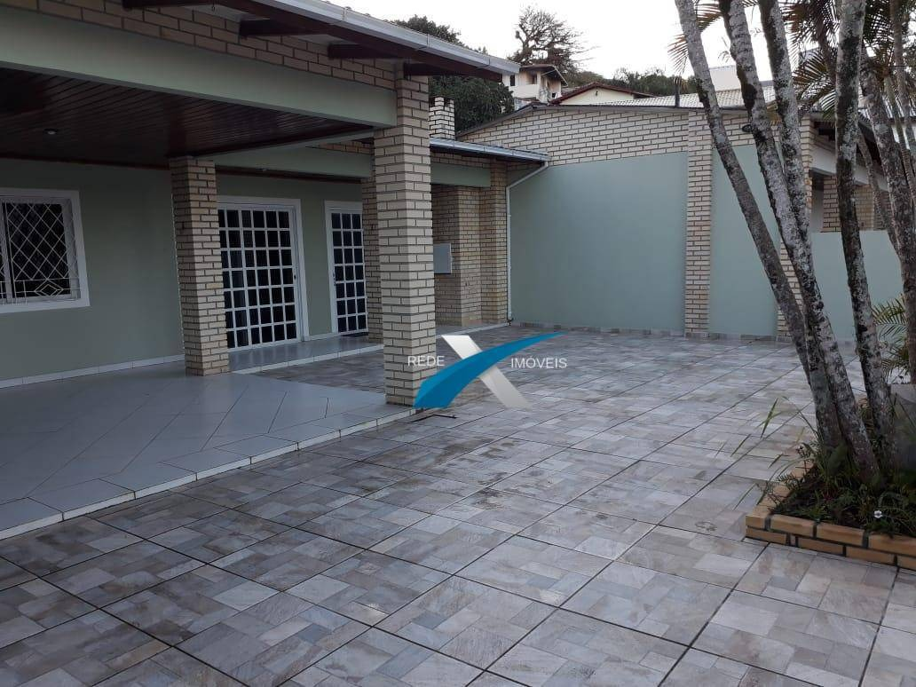 casa 4 dormitórios à venda, 151 m² por r$ 620.000 - canasvieiras - florianópolis/sc - ca0729