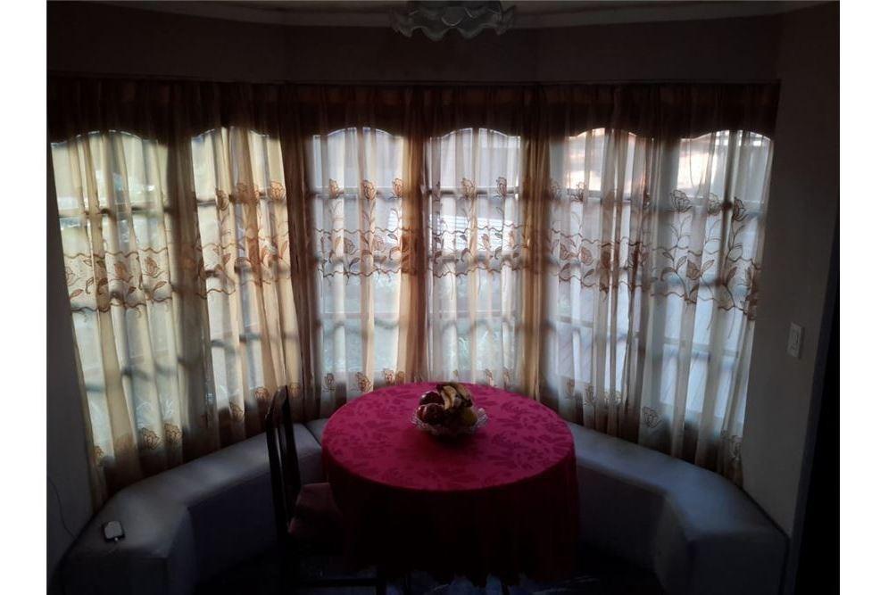 casa 5 amb. 270 m2 en corazón de florencio varela