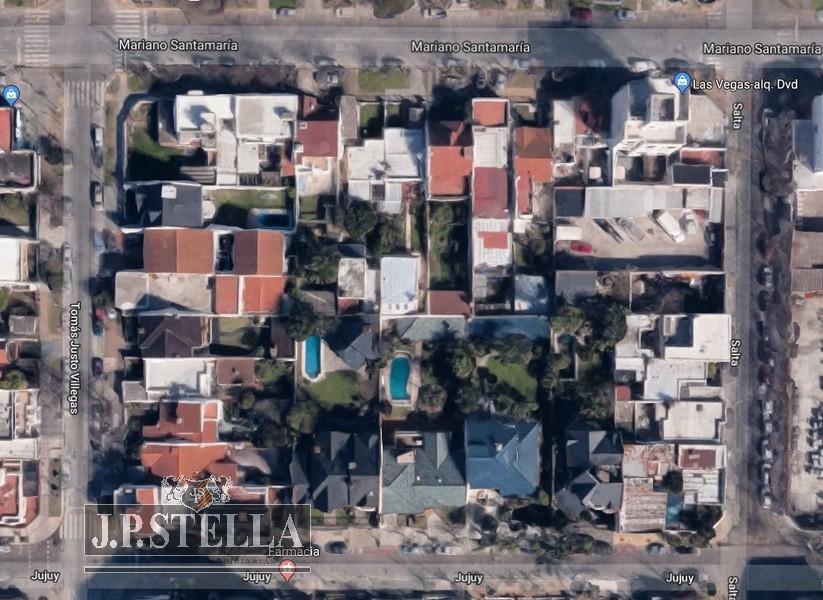 casa 5 amb c/ garage, quincho y parque lote 777 m² 263m² cubiertos - s.justo (ctro)