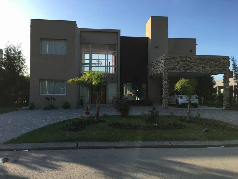 casa 5 amb. canning  barrio don joaquin