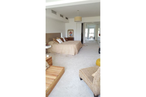 casa 5 amb con piscina y playroom, st. thomas este