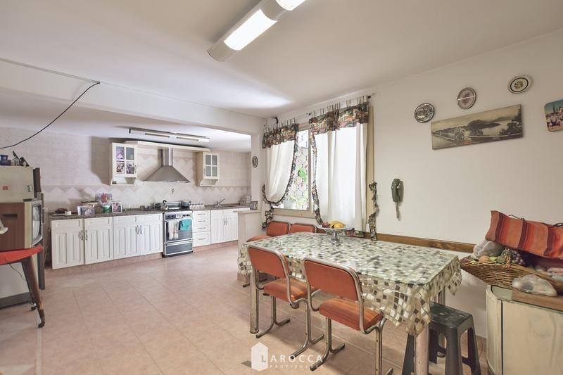 casa 5 amb escritorio y dependencia en venta colegiales