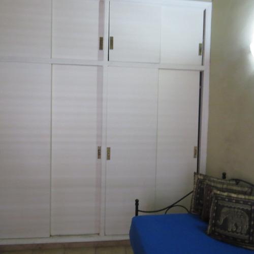 casa 5 ambientes con 5 baños , excelente ubicacion