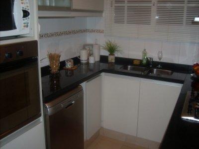 casa 5 ambientes con dependencia!!