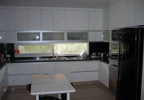 casa 5 ambientes con dependencia esquina - los alisos