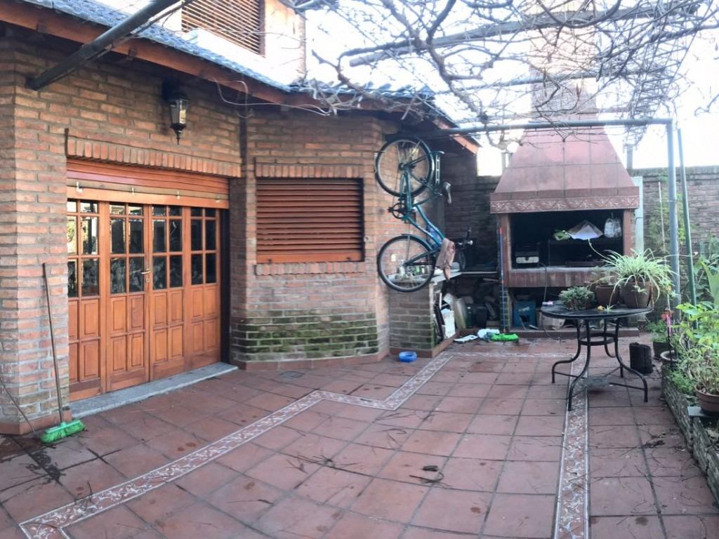 casa 5 ambientes con garage