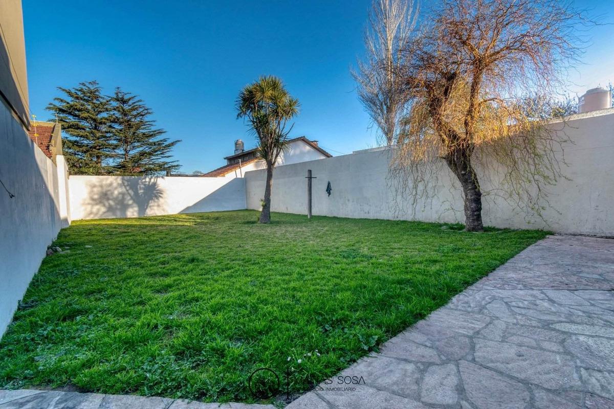 casa 5 ambientes con gran parque