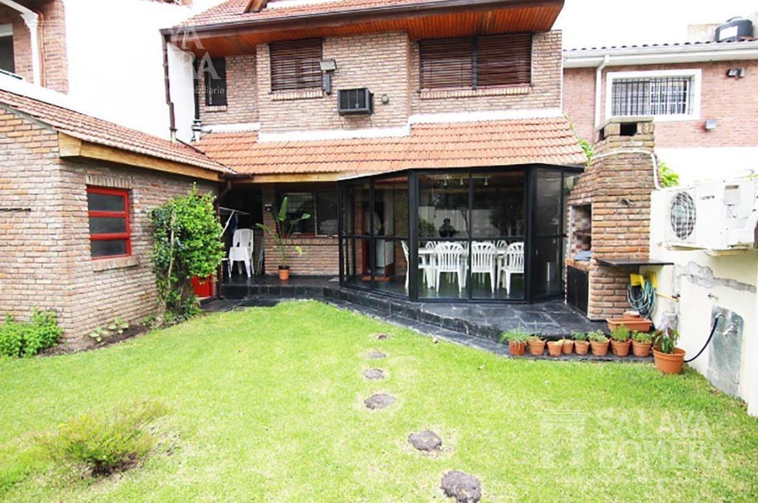 casa 5 ambientes con jardin y pileta - martinez