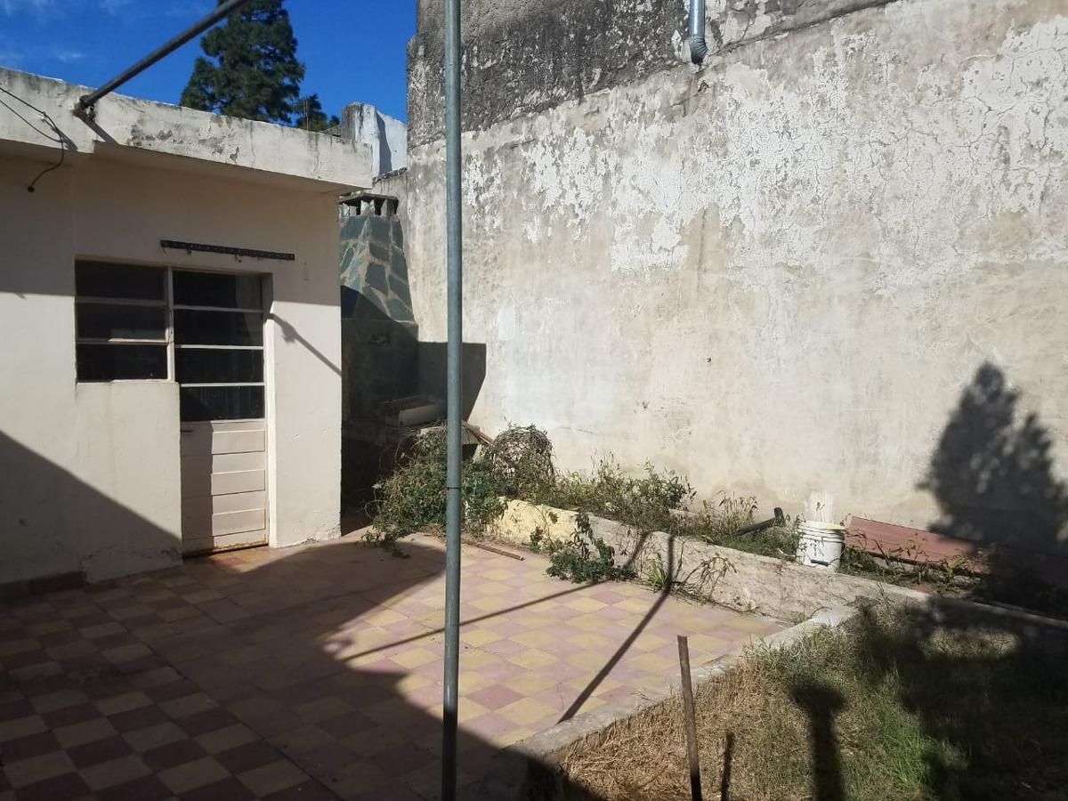 casa 5 ambientes con patio y parrilla