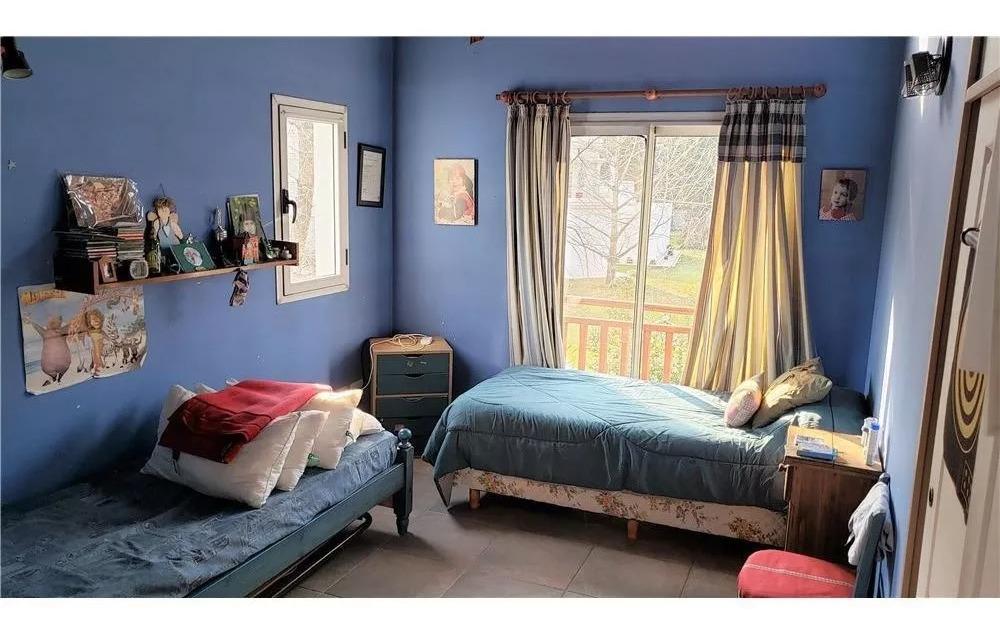 casa 5 ambientes con pileta