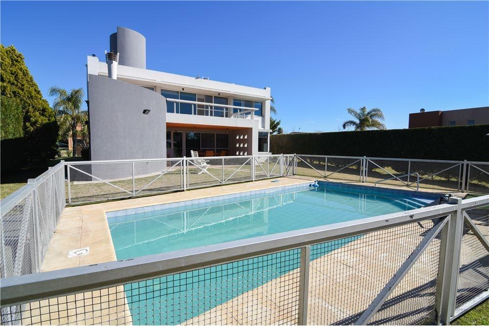 casa 5 ambientes con piscina, pilar zona norte