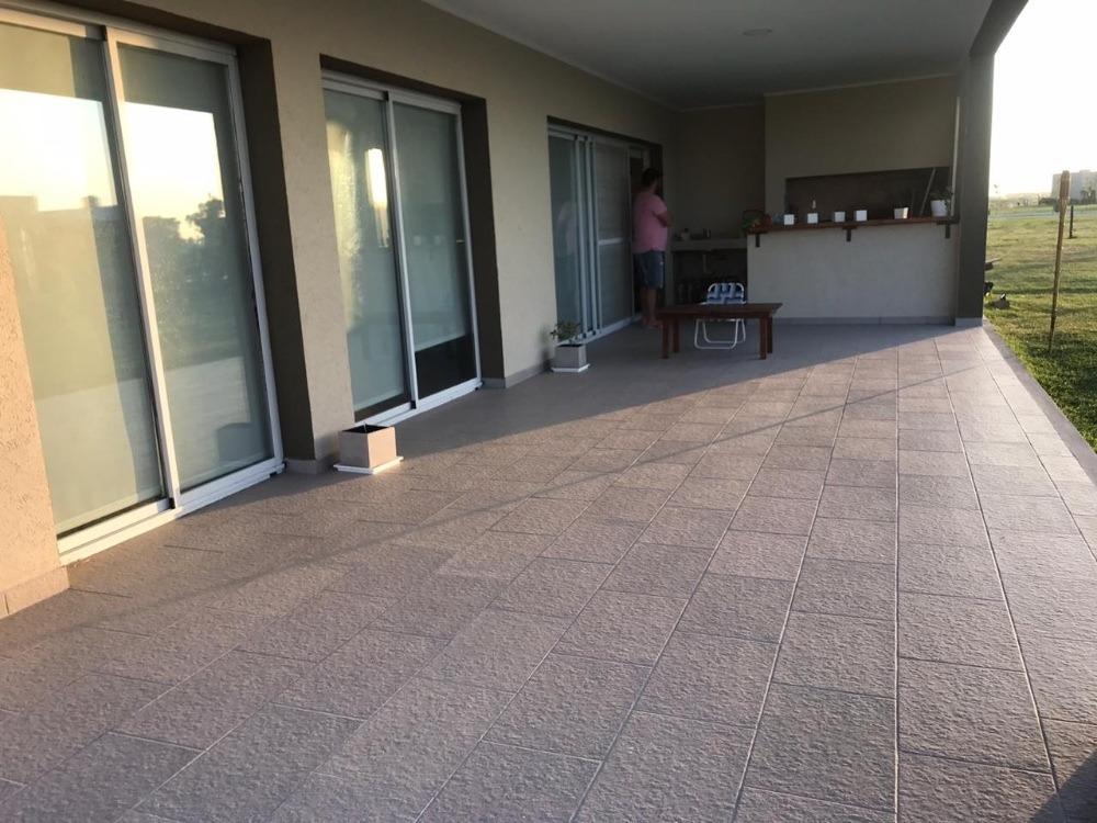 casa 5 ambientes en barrio privado la alameda