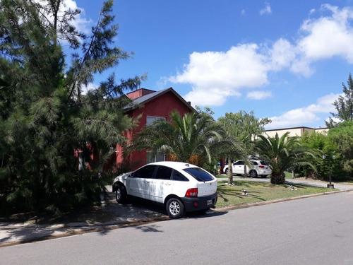 casa 5 ambientes en country barrio brickland!