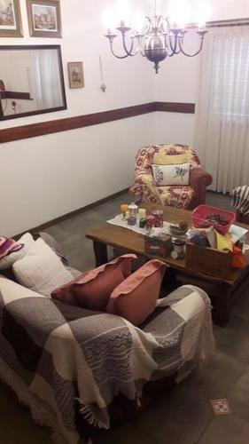 casa 5 ambientes en venta en lomas de zamora oeste
