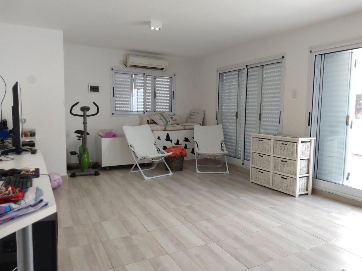 casa 5 ambientes estilo ingles