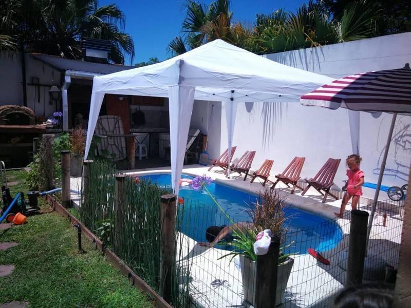 casa 5 ambientes, piscina quincho ,excelente ubicacion residencial- bella vista