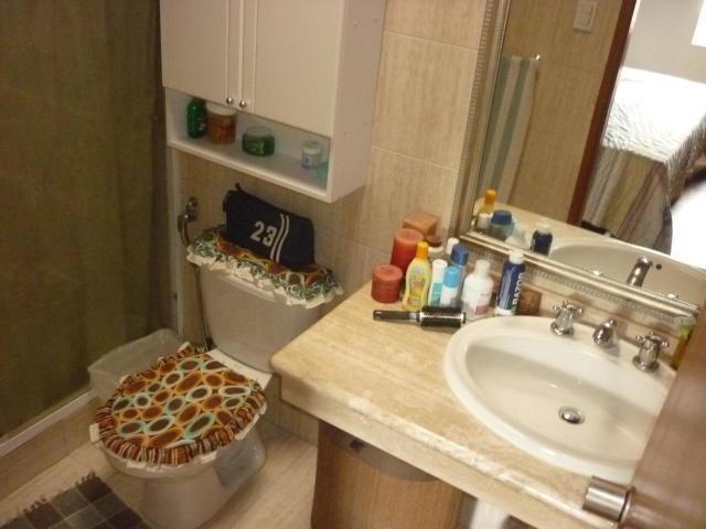 casa 5 ambientes y 3 baños
