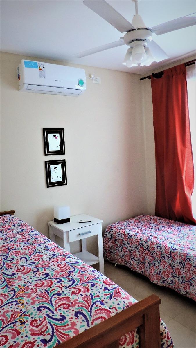 casa 5 dormitorios con pileta costa esmeralda 11 personas