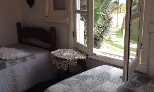 casa 5 dormitórios de frente para a praia!!