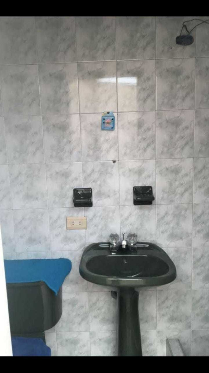 casa 5 habitaciones y 3 baños