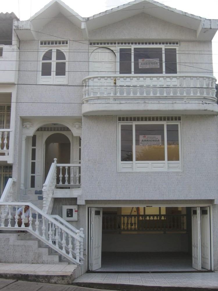 casa 5 niveles barrio alcasares - sin problemas de agua