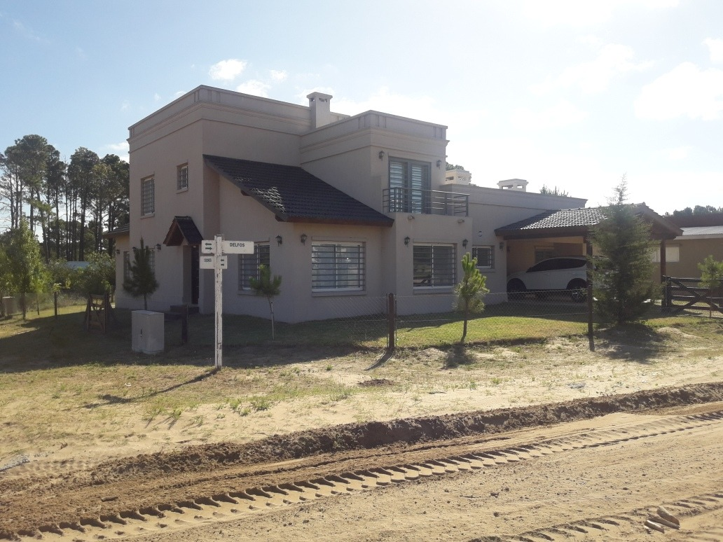 casa 6 amb 400 mts de bunge, pileta, gas natural, riego, etc